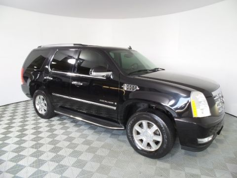 Pre-Owned 2007 Cadillac Escalade Base RWD 4D Sport Utility
