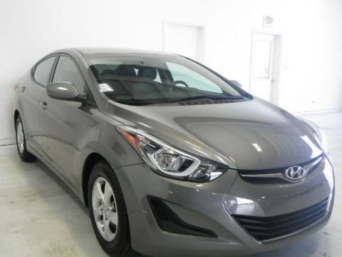 Pre-Owned 2014 Hyundai Elantra SE FWD 4D Sedan