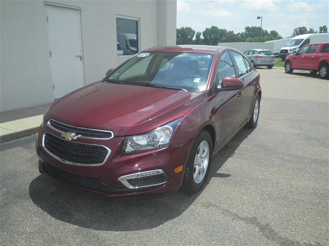 Pre-Owned 2015 Chevrolet Cruze 1LT Auto FWD Sedan