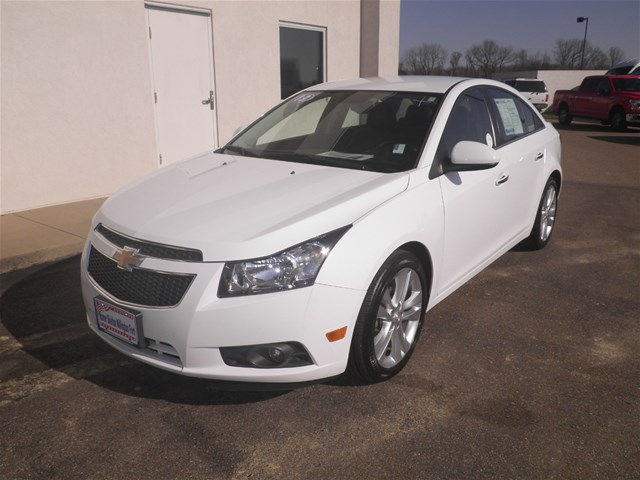 Pre-Owned 2013 Chevrolet Cruze LTZ FWD Sedan
