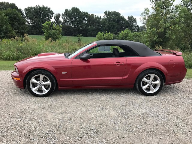 pre owned 2008 ford mustang gt deluxe convertible in olive. Black Bedroom Furniture Sets. Home Design Ideas