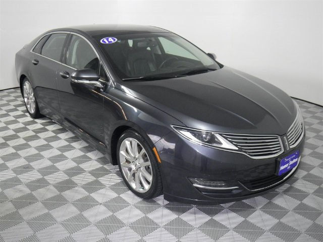 Pre-Owned 2014 LINCOLN MKZ  AWD