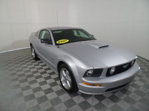 Pre-Owned 2007 Ford Mustang GT Premium RWD 2D Coupe